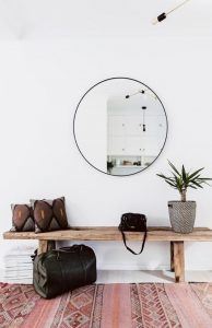 Ogledalo v črnem okvirju Steklarstvo Kresal