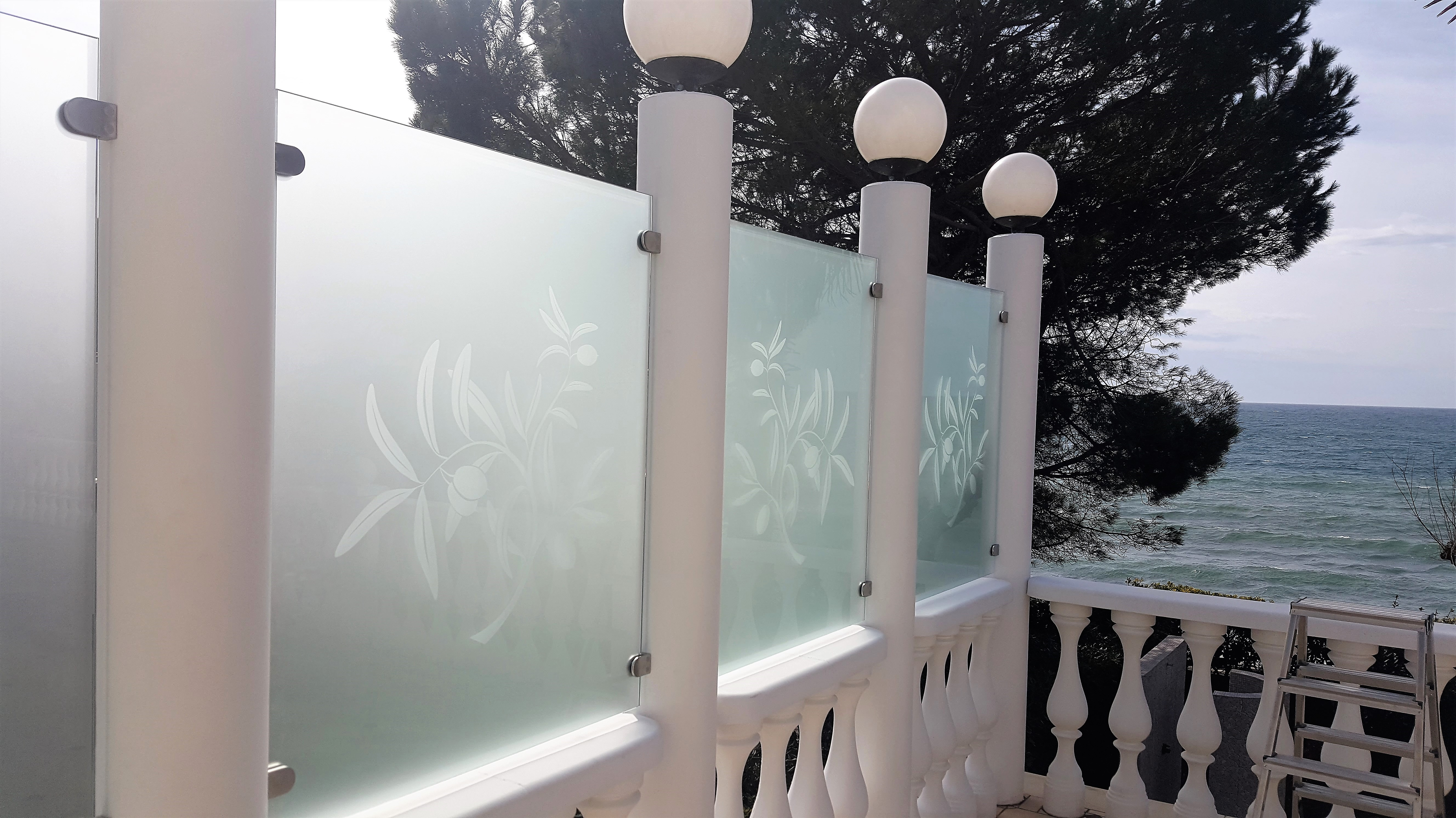 Steklarstvo Kresal- Steklena ograja