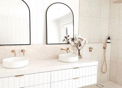 Ogledalo z zaobljenim vrhom_Steklarstvo Kresal
